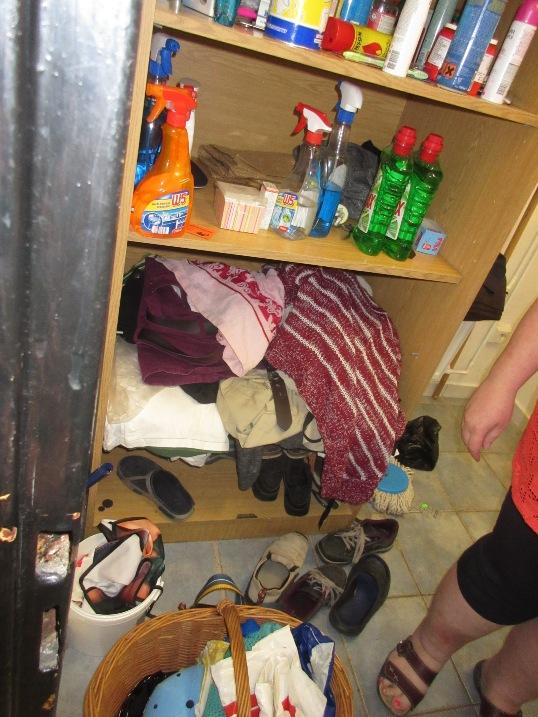 pc šatna a úklid v předsíni WC personálu