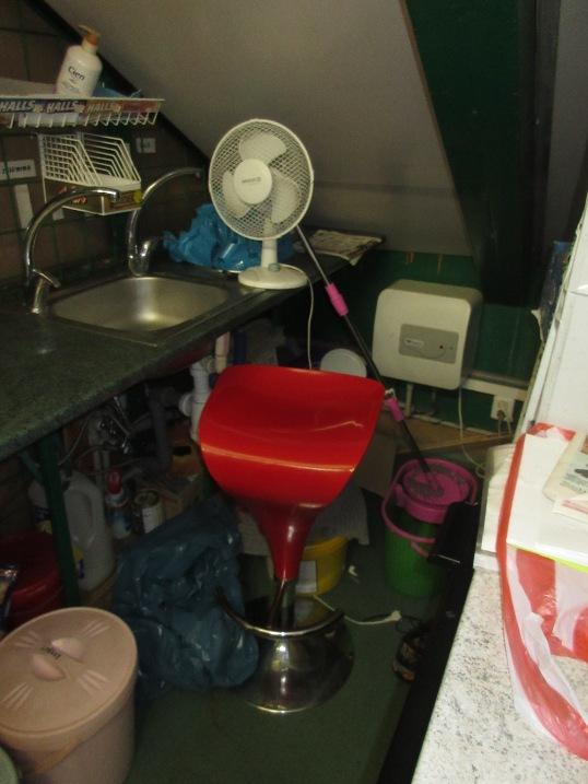 pc prostor mytí zeleniny a mytí rukou obsluhy