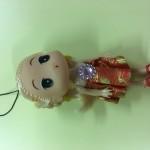Panenka s velkou hlavou foto
