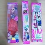 Vz.č.2. Plastová panenka Happy Girls ELEGANT DESIGN - přední + boční + zadní strana