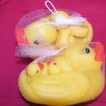 Gumová kačenka s mláďaty